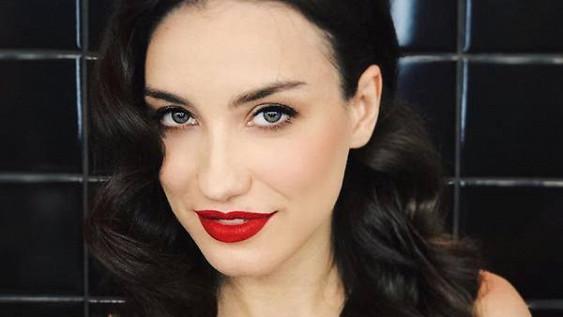 Виктория Дайнеко поскандалила с фанатами, назвав их «безмозглыми»