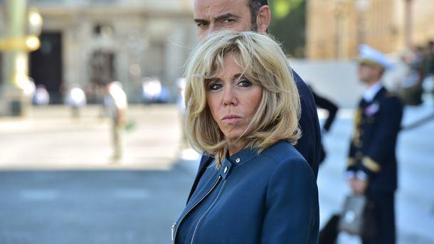 Модный выход первой леди Франции: 64-летняя Бриджит Макрон похвасталась стильным нарядом