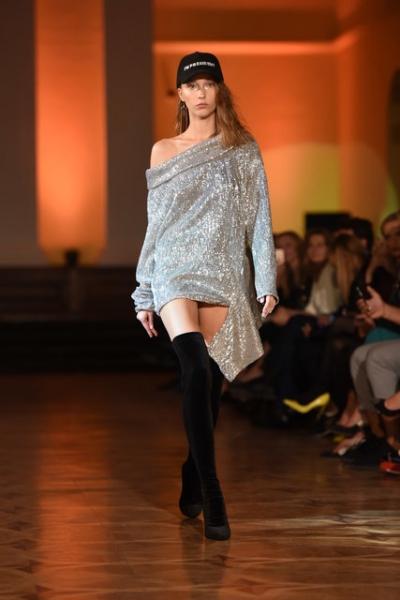 Впервые на подиум Ukrainian Fashion Week вышли модели plus-size