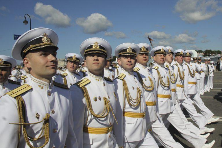 Военно-морской парад 2018 в Петербурге: график движения и разводки мостов