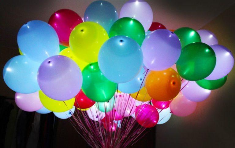 Гелиевые шары как отличный способ украсить торжественное мероприятие
