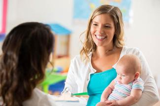 Как выбрать няню для новорожденного ребенка?