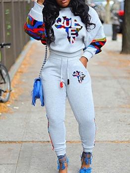 Какие спортивные костюмы в моде 2020 года?