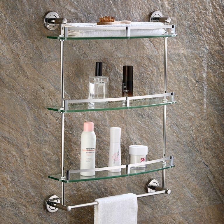 Преимущества и недостатки стеклянных полок для ванной