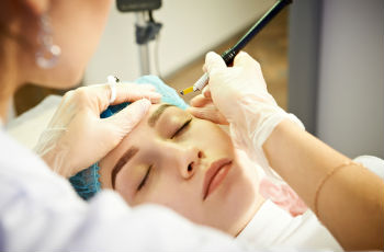 Перманентный макияж:очень популярная и востребованная процедура