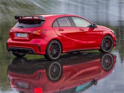 Обзор Mercedes-AMG A-Класс