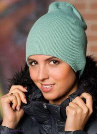 Нужно ли выбирать цвет шапки, прежде чем ее купить?