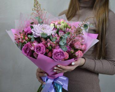 Как выбрать букет цветов в подарок ?