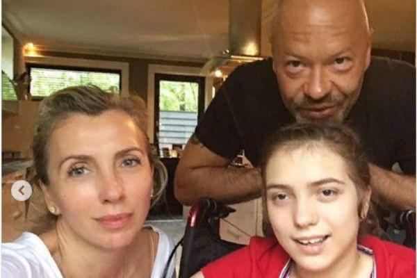 Светлана Бондарчук опубликовала архивные фото дочери